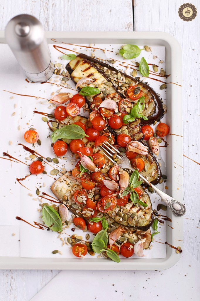 Grilled-aubergines-with-garlic-and-tomatoes